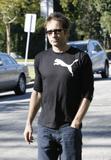David em um almoço com um amigo no Avotre Sante em Brentwood - CA Th_38716_David_Duchovny_out_and_about_in_LA_CU_ISA_19_122_101lo