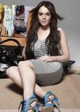Lindsay Lohan in Visa Swap UK 2008 Campaign photoshoot Foto 1613 (������ ����� � Visa Swap �������������� �������� 2008 ���������� ���� 1613)