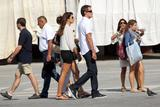 http://img232.imagevenue.com/loc15/th_16824_Cindy_Crawford_Candids_on_Vacation_in_Venice_August_31_2011_11_122_15lo.jpg