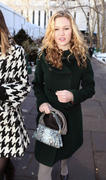 http://img232.imagevenue.com/loc580/th_18488_Julia_Stiles_Tracy_Reese_Show_at_MBFW_in_NY5_122_580lo.jpg